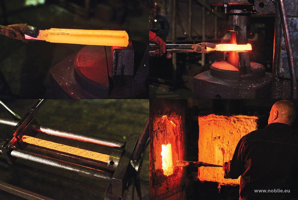 forging Damascus steel blade