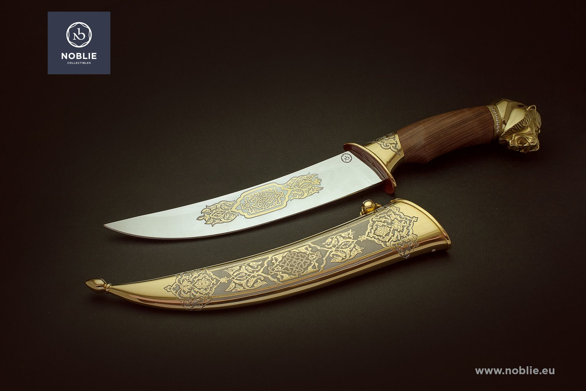 "custom hunting knife ""Raw strength. The Lion"""