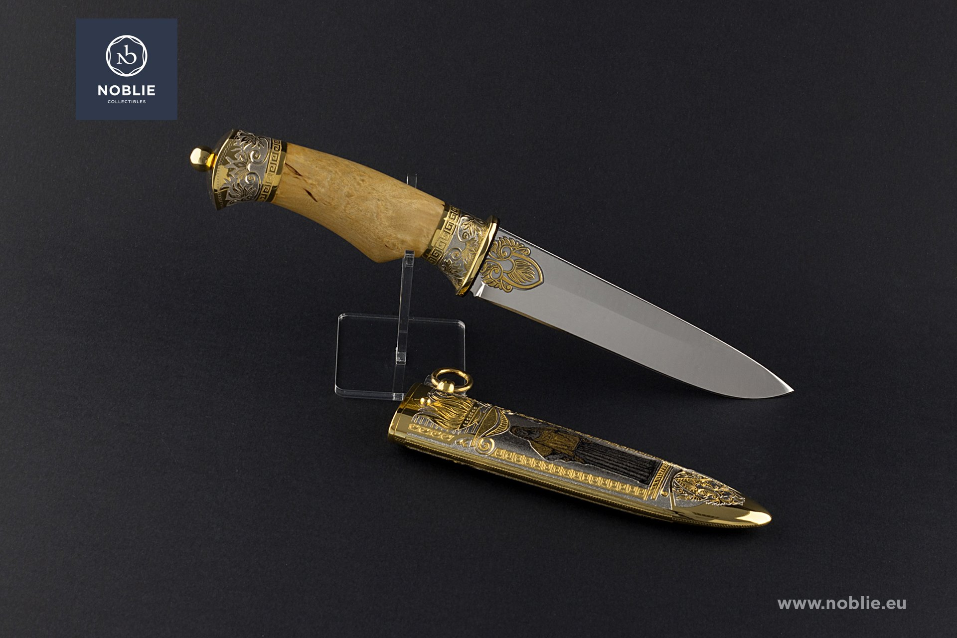 "collectible blade ""Hestia"""