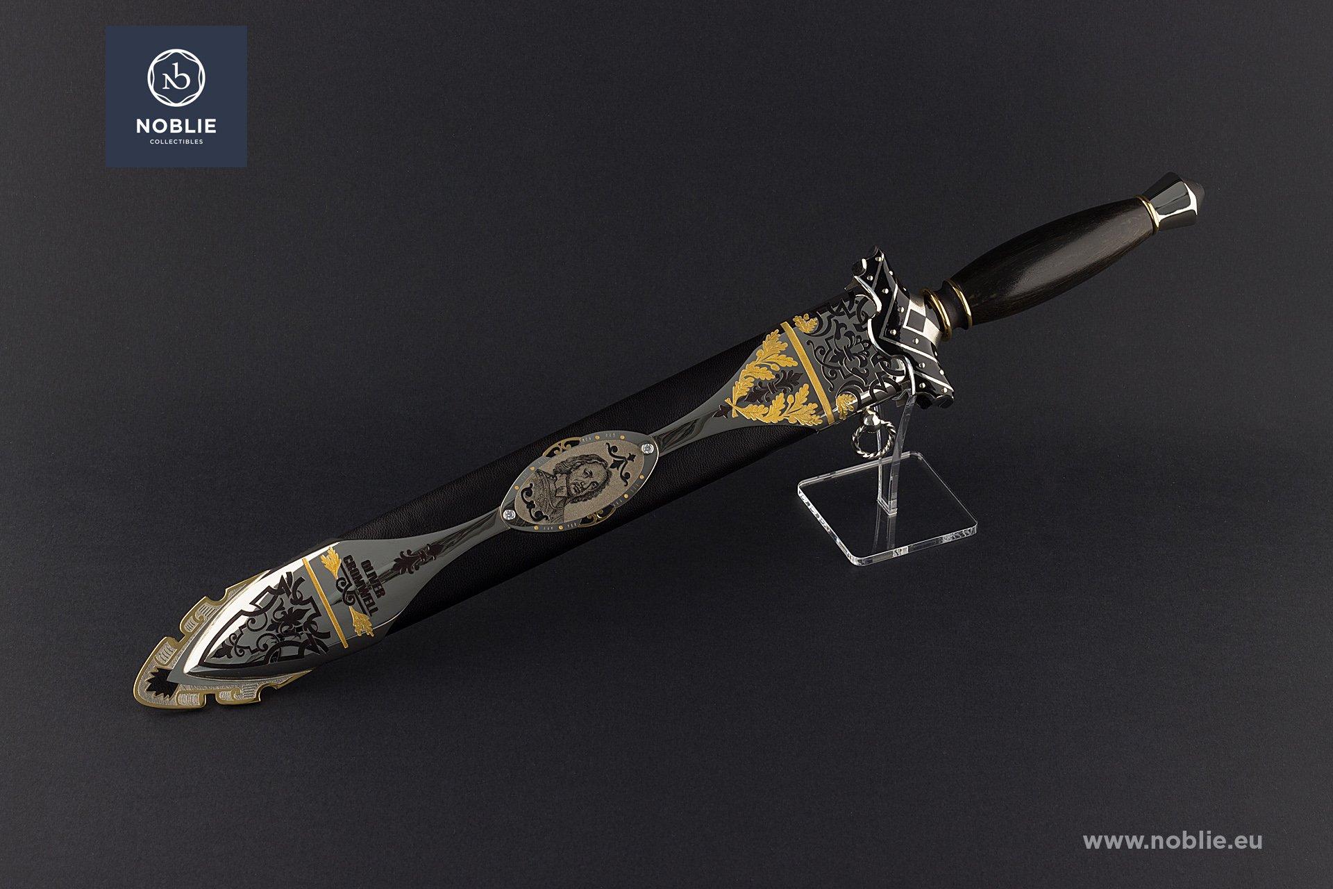 handmade custom Dagger