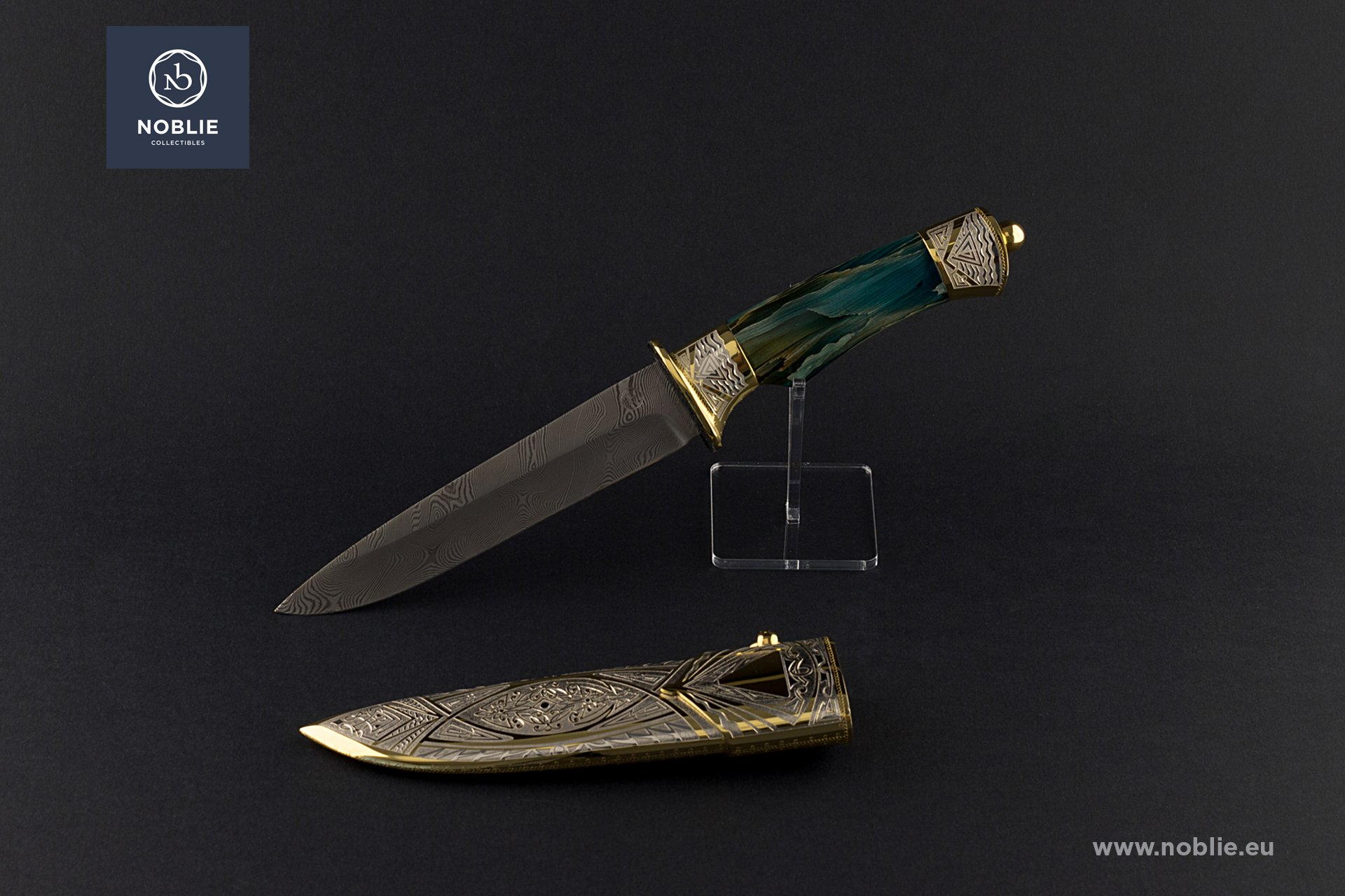 "collectible blade ""The water"""