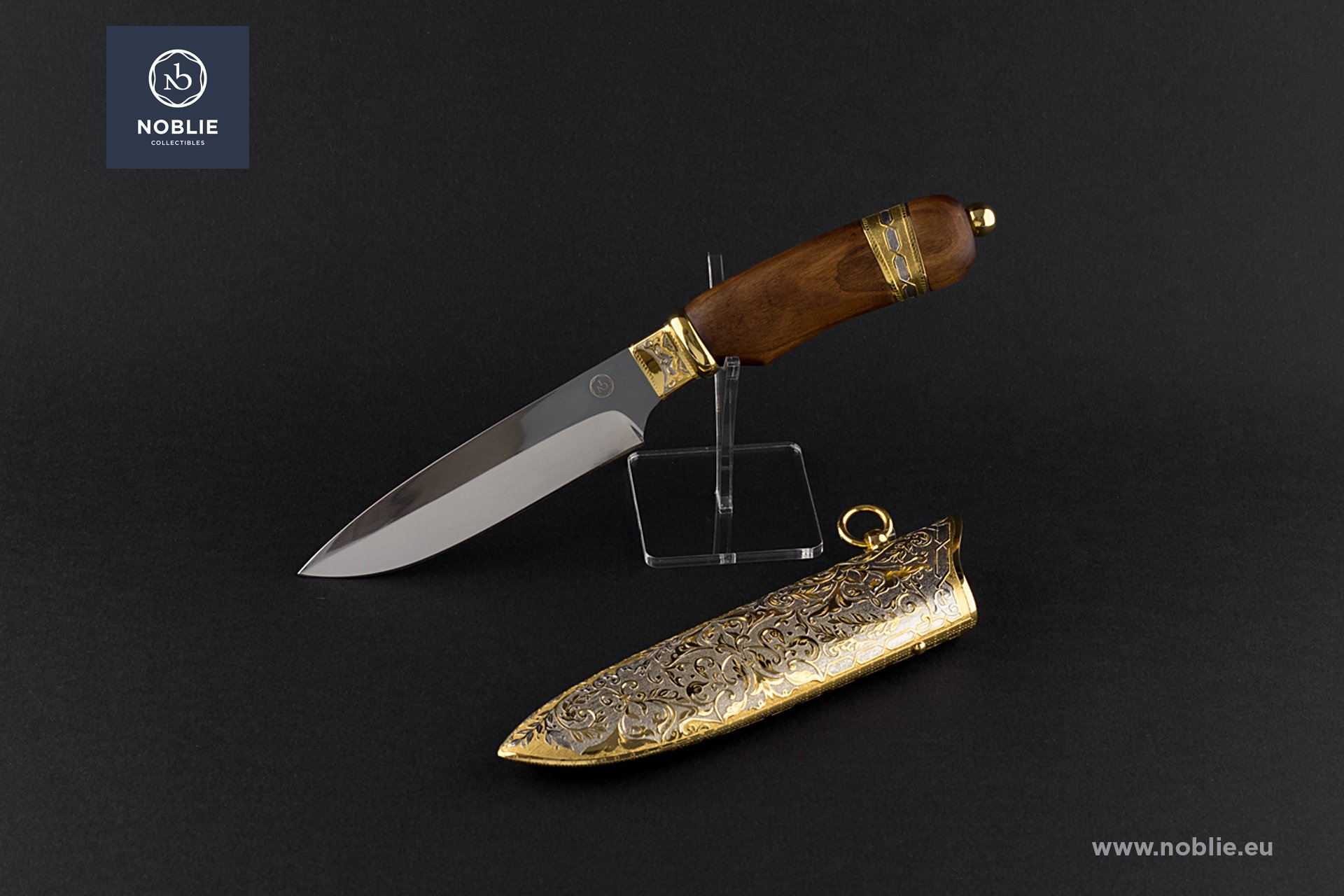 "engraved knife ""Hidden in the forest. The boar"""