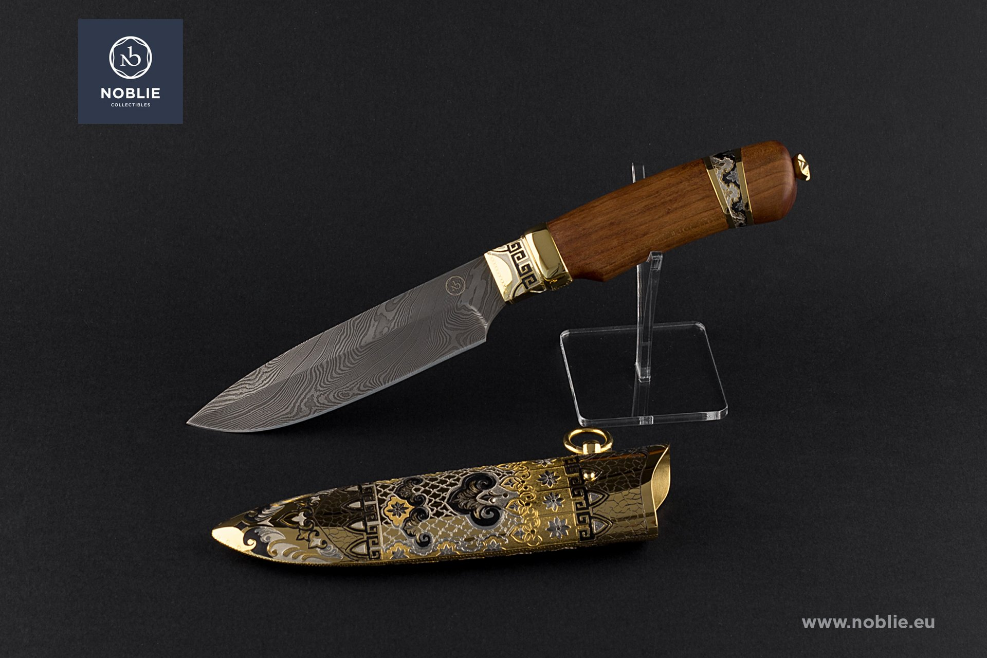 "collectible blade ""The Great Wall"""