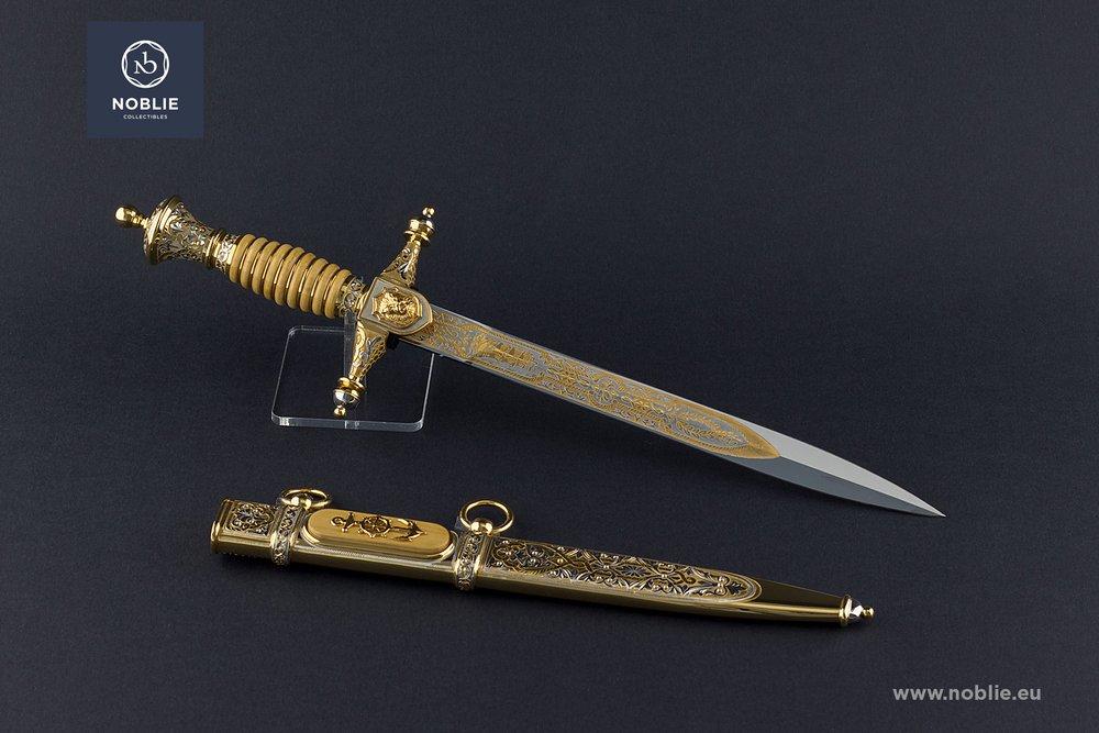 Online custom knife shop