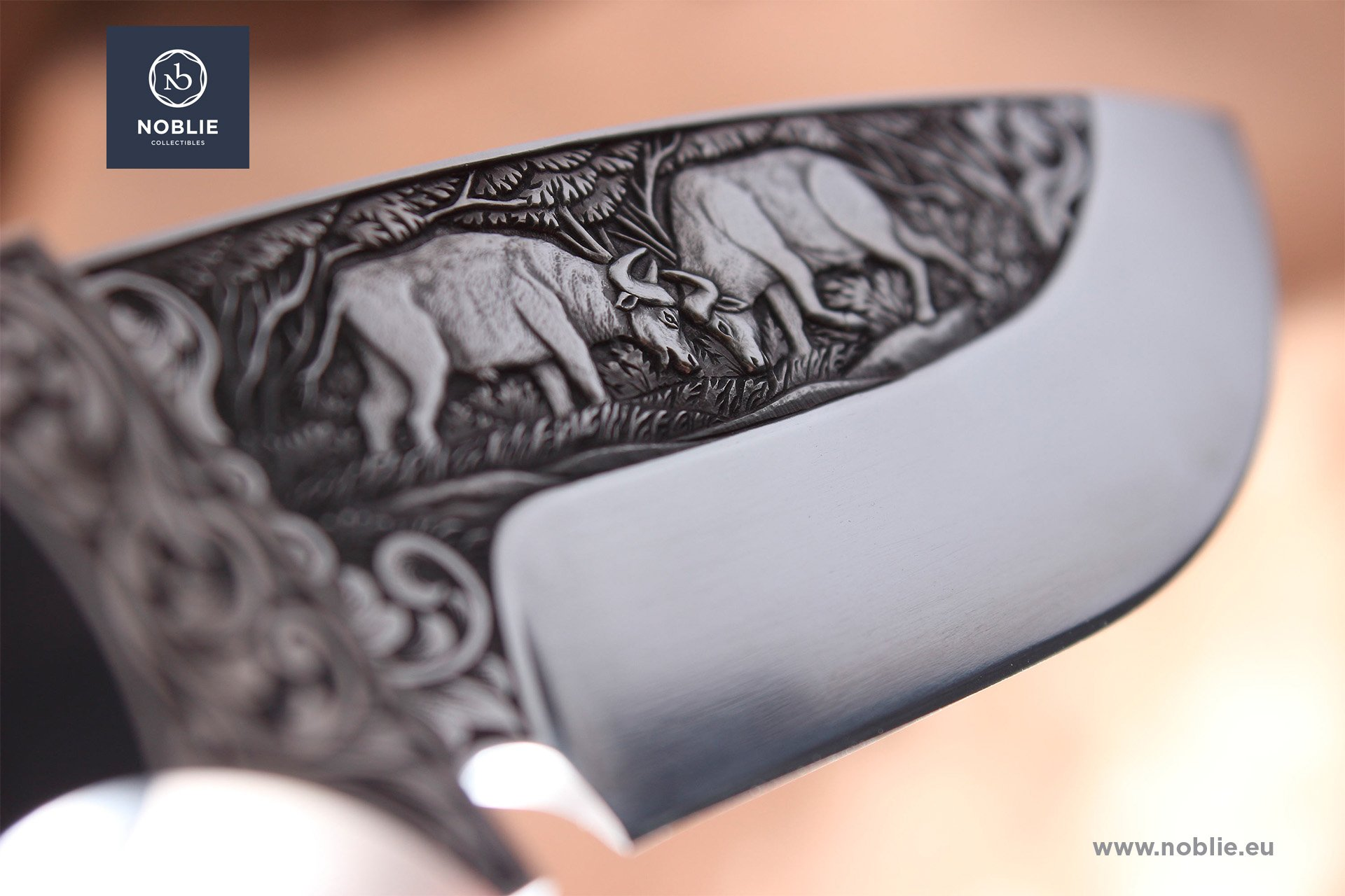 New engraved custom knives by NOBLIE