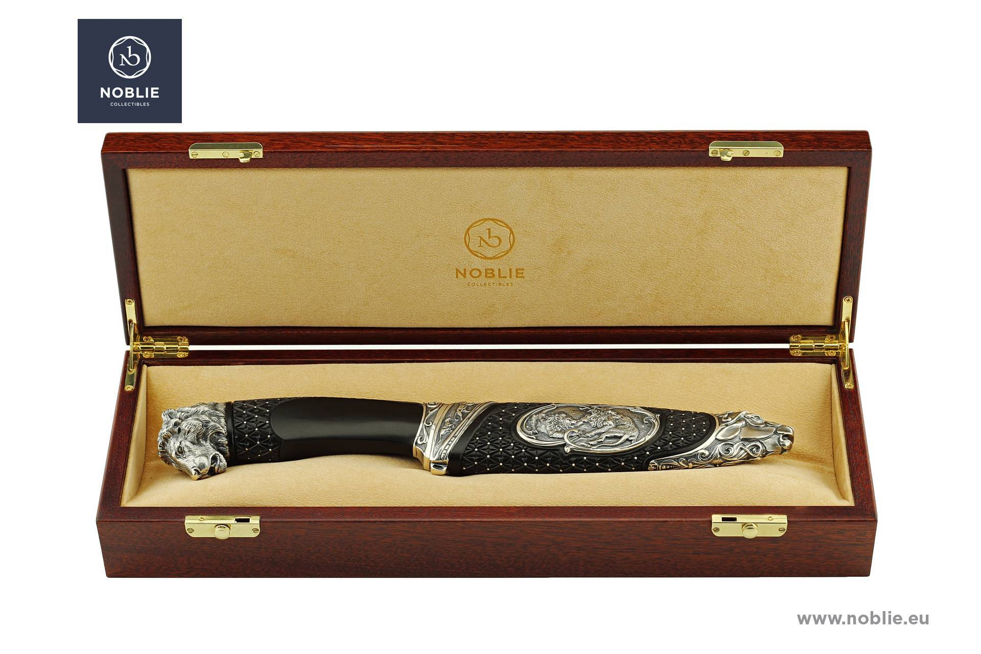 Forbes Hungary and Noblie Company presented a collection of knives and gifts for men